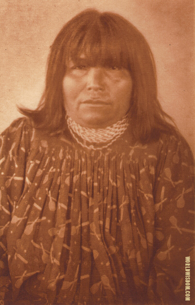 """An Apache-Mohave woman"" - Apache-Mohave, by Edward S. Curtis from The North American Indian Volume 2"