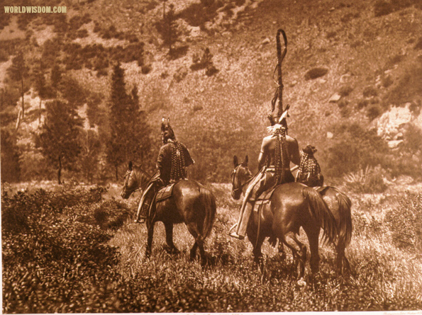 """In Black Cañon"" - Apsaroke, by Edward S. Curtis from The North American Indian Volume 4"